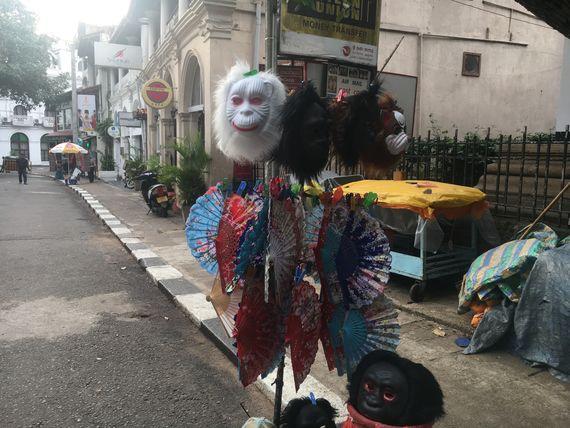 Walking along Temple Street in Kandy